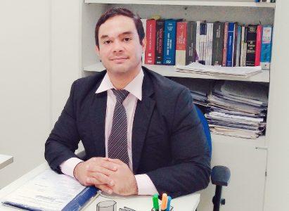Lucas Moreira, egresso do curso de Direito da Faculdade Batista Brasileira, é nomeado Diretor de Secretaria da 1ª Vara de Violência Doméstica e Familiar Contra a Mulher
